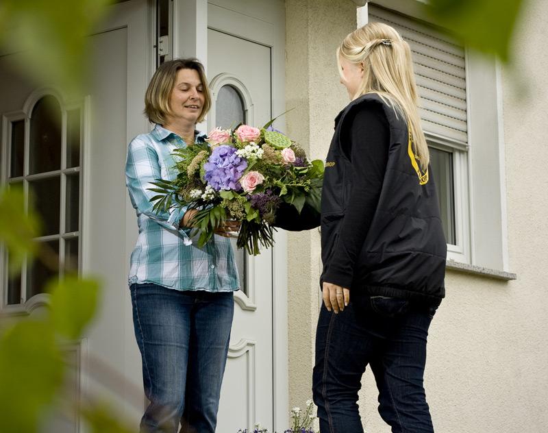 Startseite gartengestaltung kre blumen kre flieden for Blumen gartengestaltung